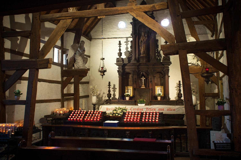 Het altaar in de grote Kapel van Pater Karel